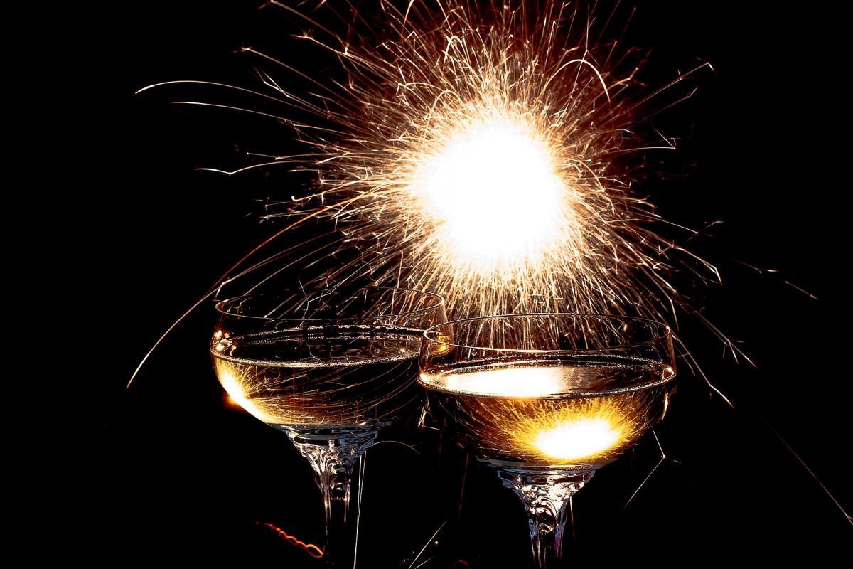 С Новым годом 2021 - поздравления коллегам / фото pixabay.com