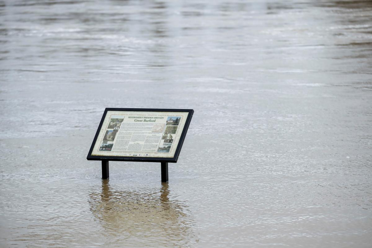 Нынешние наводнения будут самыми сильными вграфстве запоследние несколько лет / фото REUTERS