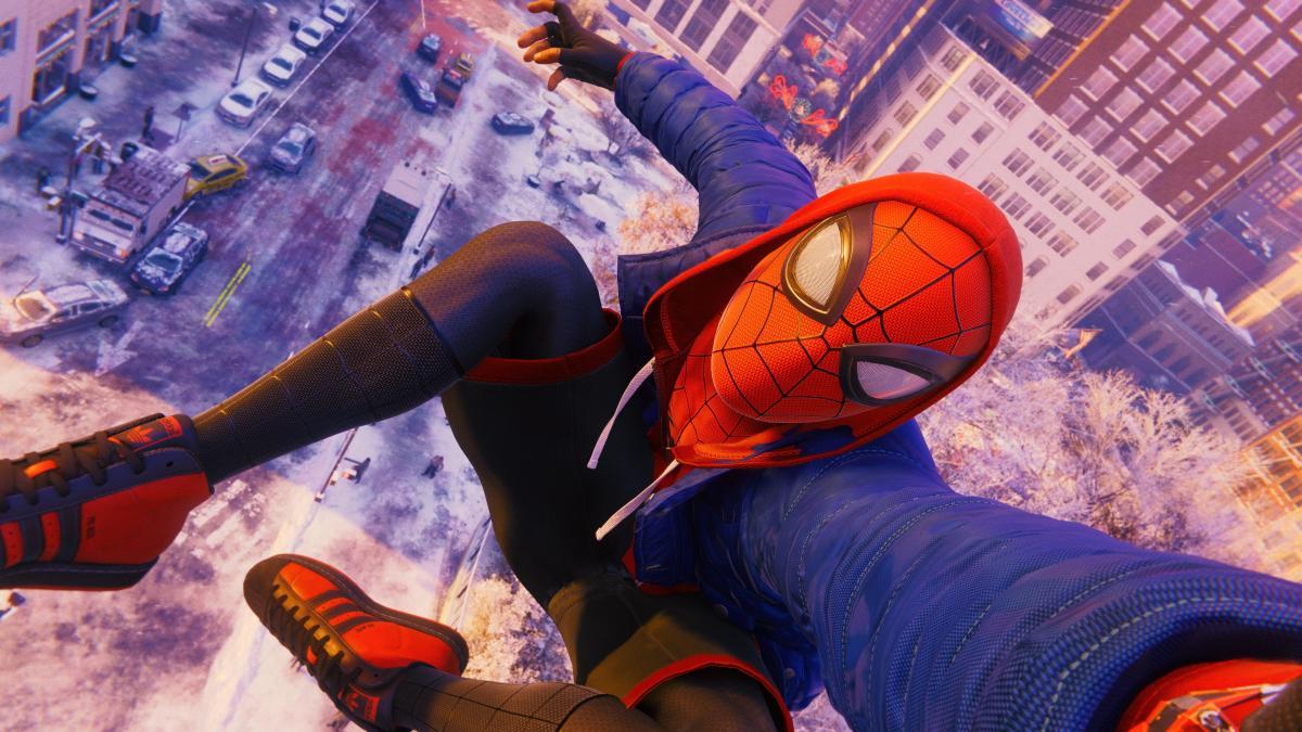 Spider-Man: Miles Morales - одна из лучших игр для новогодних праздников / скриншот