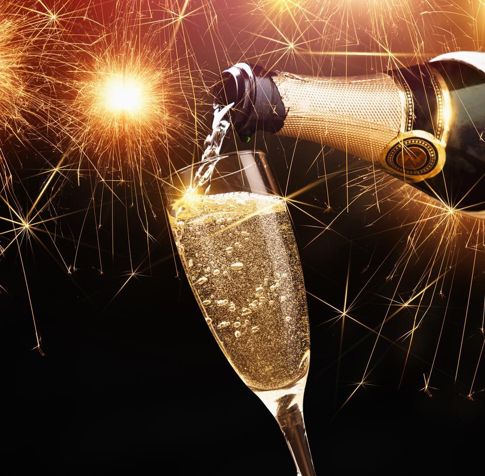 Шампанское на Новый год / фото ua.depositphotos.com