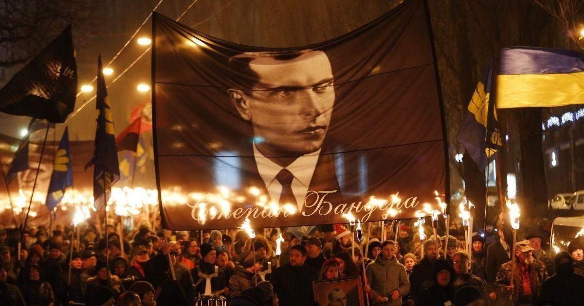 Факельное шествие в Киеве / фото 112.ua