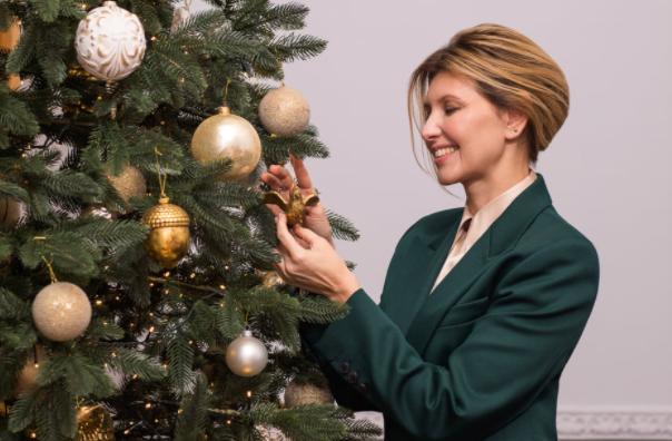 Зеленская поздравила всех с Новым годом / фото facebook.com/olenazelenska.official