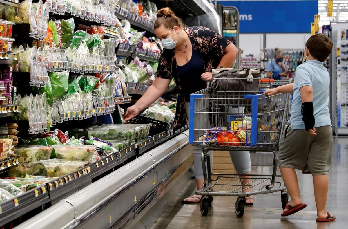 Копа вызвала охрана супермаркета / Иллюстрация REUTERS