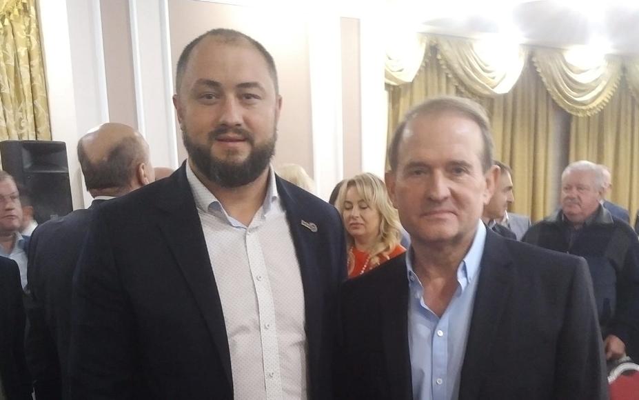 Максим Невінчанний та Віктор Медведчук / фото facebook.com/nevenchannyy
