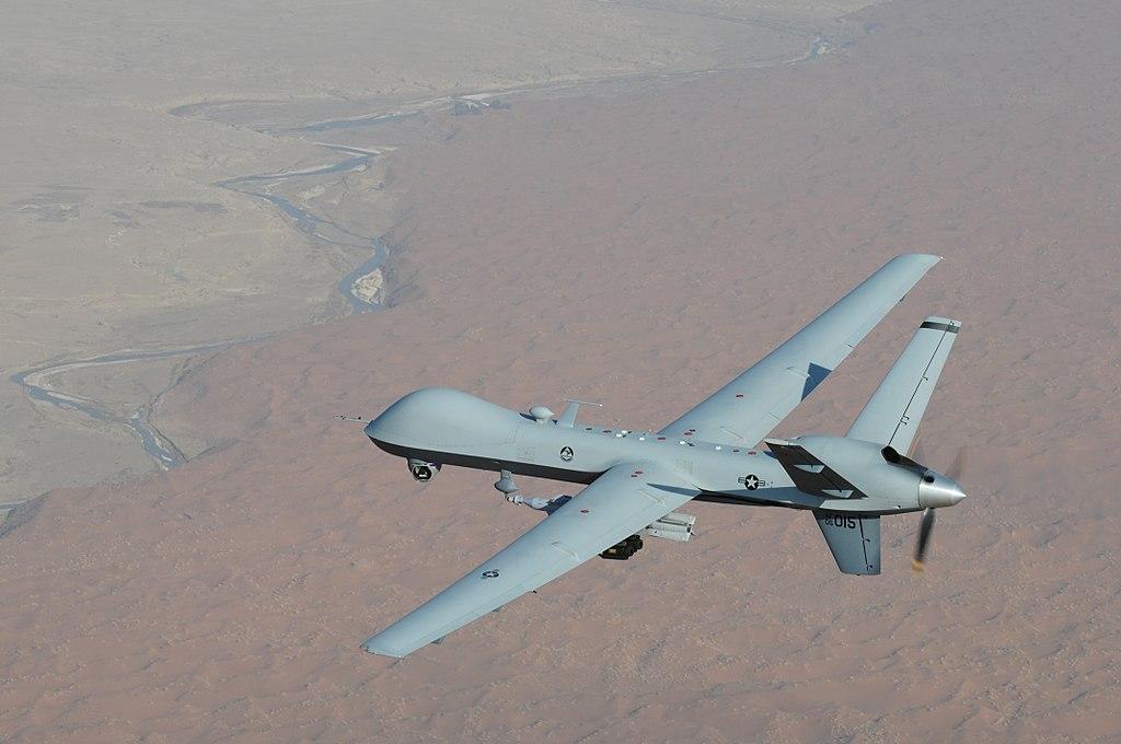 Ударний безпілотник MQ-9 Reaper може літати зі швидкістю до 500 кілометрів на годину / фото Вікіпедія