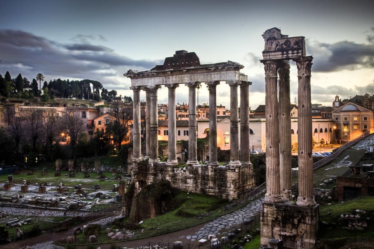 Цивілізації занепадализ причин, які загрожують і сучасному світу/ фото Flickr/Benson Kua