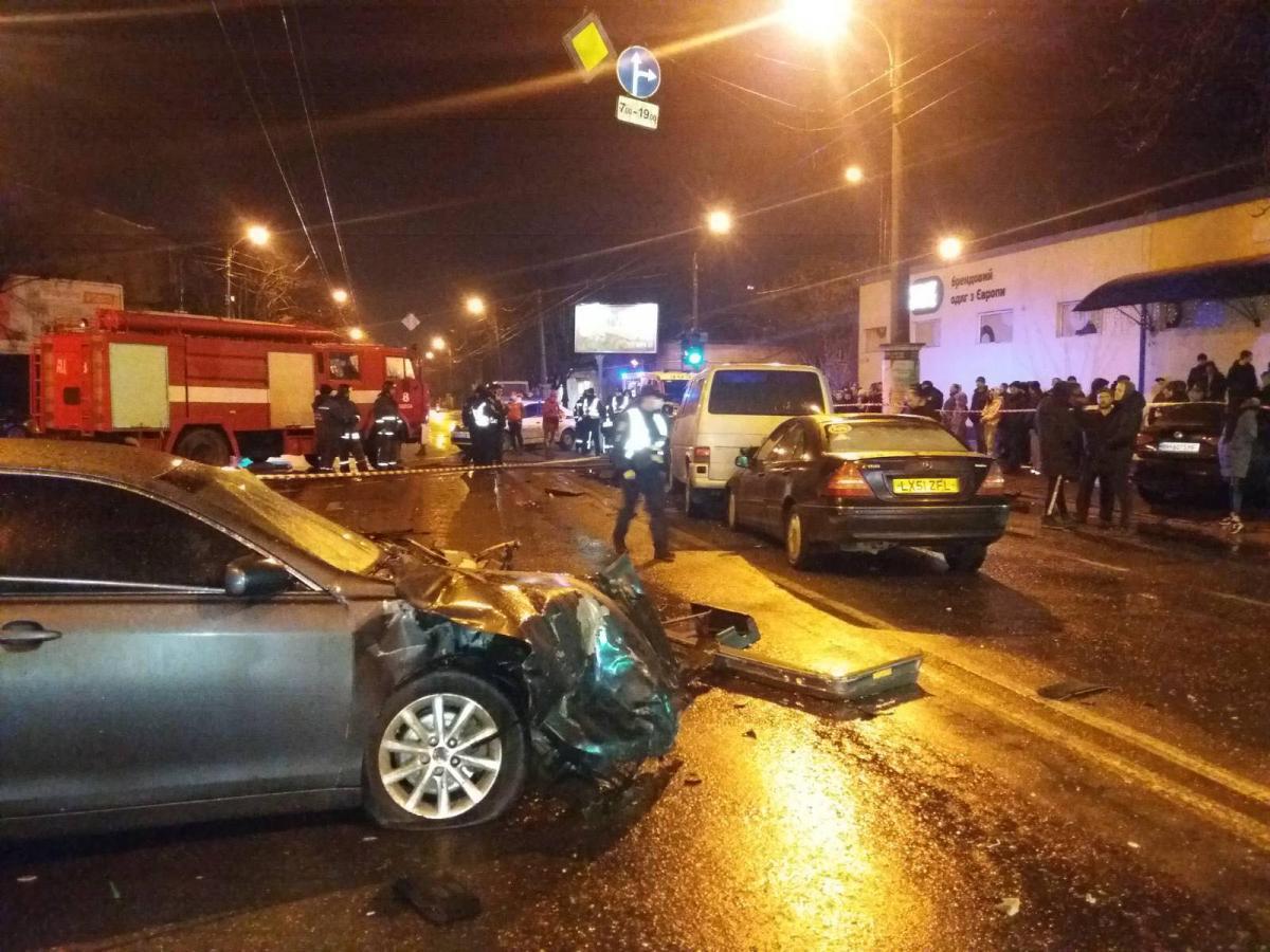 В ДТП погибли два человека / фото ГСЧС