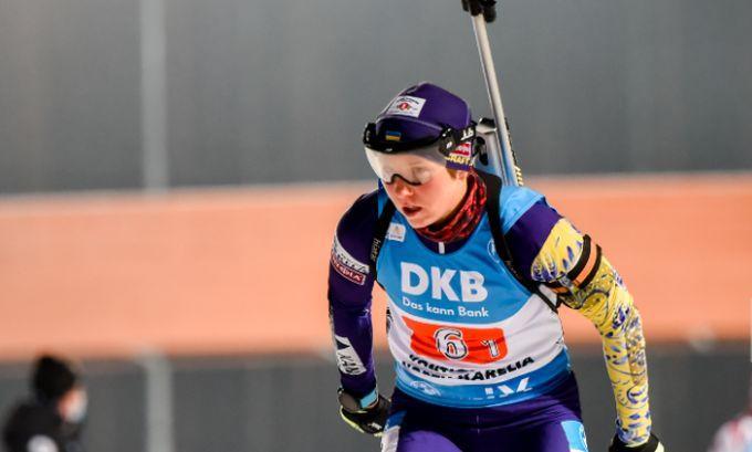 Дарья Блашко стартовала первой / фото biathlon.com.ua
