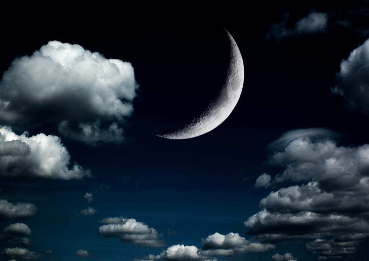Новолуние – это соединение Солнца и Луны в напряжении с Ураном / фотоua.depositphotos.com