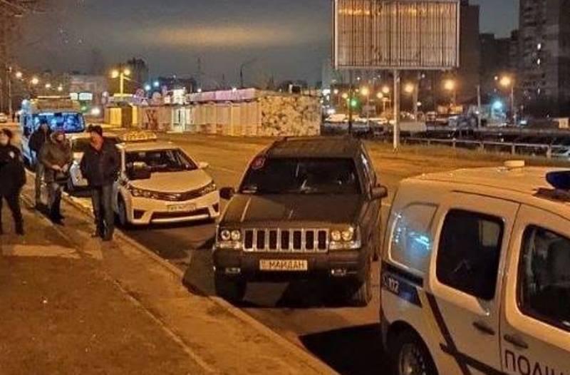 У Києві таксист помер за кермом / фото facebook.com/dtp.kiev.ua
