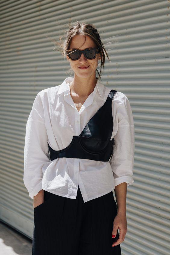 Рубашка с корсетом / pinterest.com