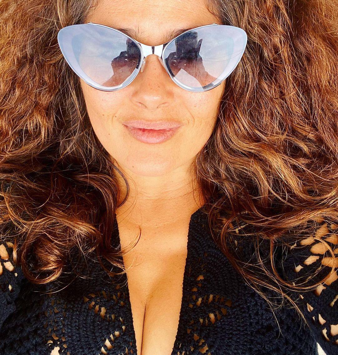 Сальма показала обличчя без макіяжу / instagram.com/salmahayek/