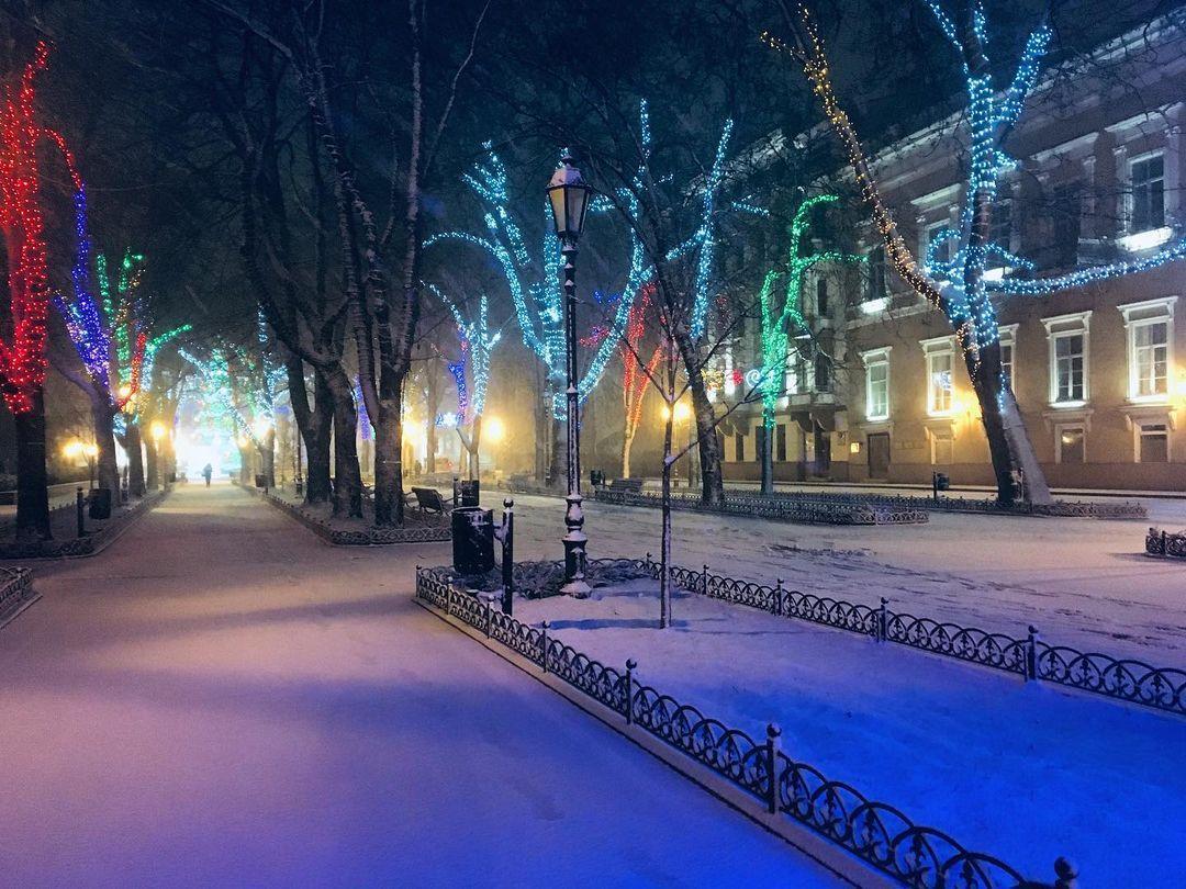 Припорошенная снегом Одесса