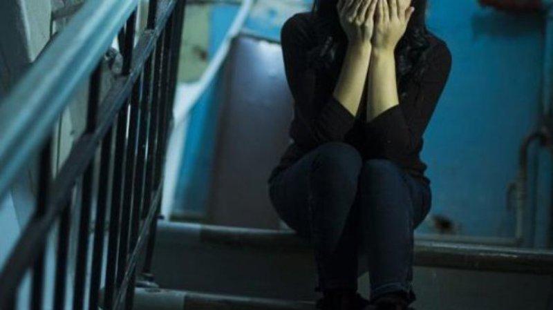 Двоє підлітків ґвалтували16-річну дівчину./ скріншот