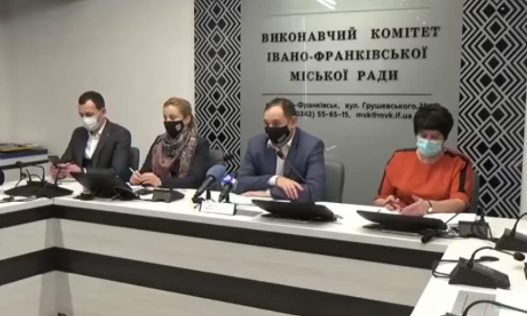 Марцинкив неудачно пошутил, но посмеялся / скриншот видео