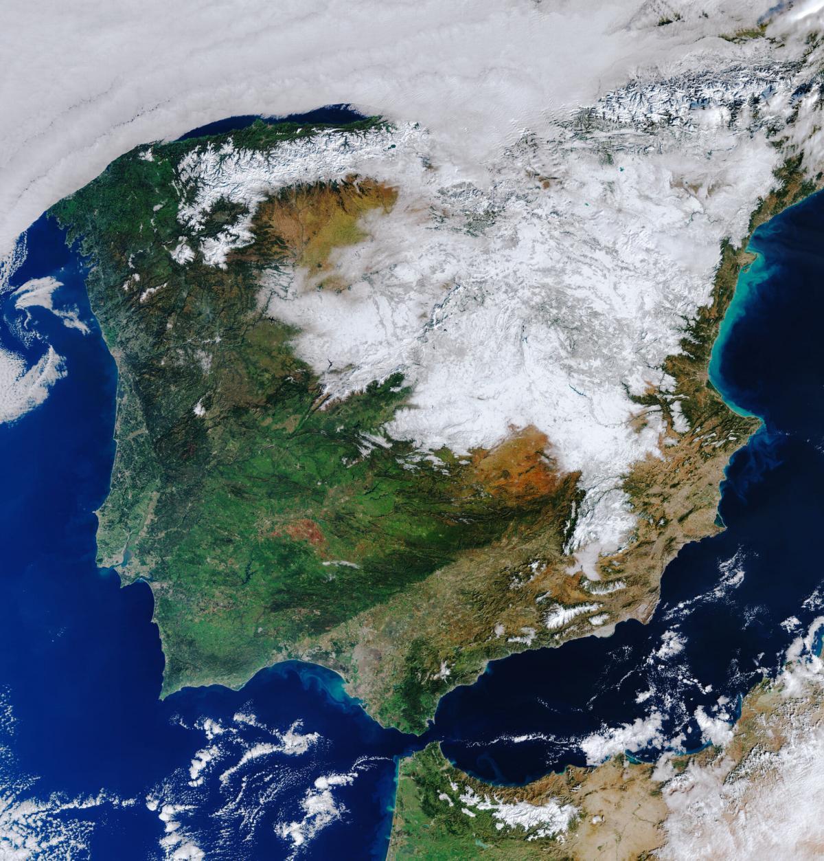 Спутниковый снимок заснеженной Испании / Фото ESA