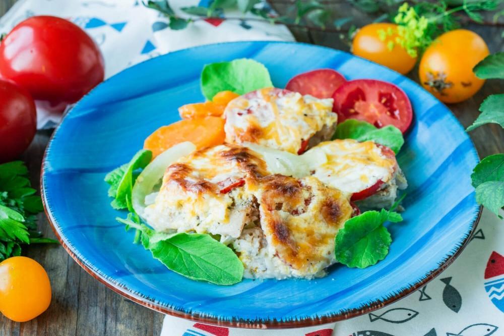 Рецепт хека в духовке / фото niftyrecipe.com