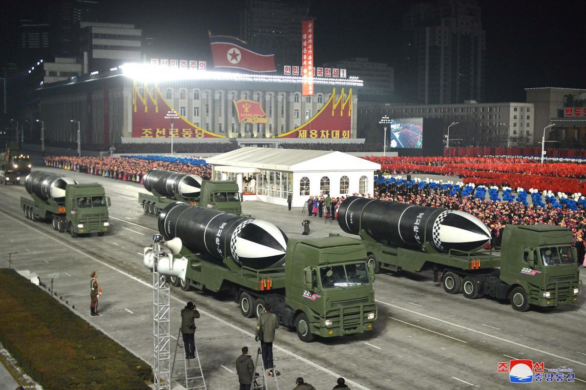 Ядерное оружие - эксперт удивил подробностями по новой ракетеКНДР / Фото: REUTERS