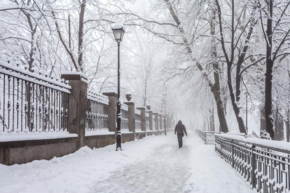 Сьогодні кілька областей України накриє сніг / Фото ua.depositphotos.com
