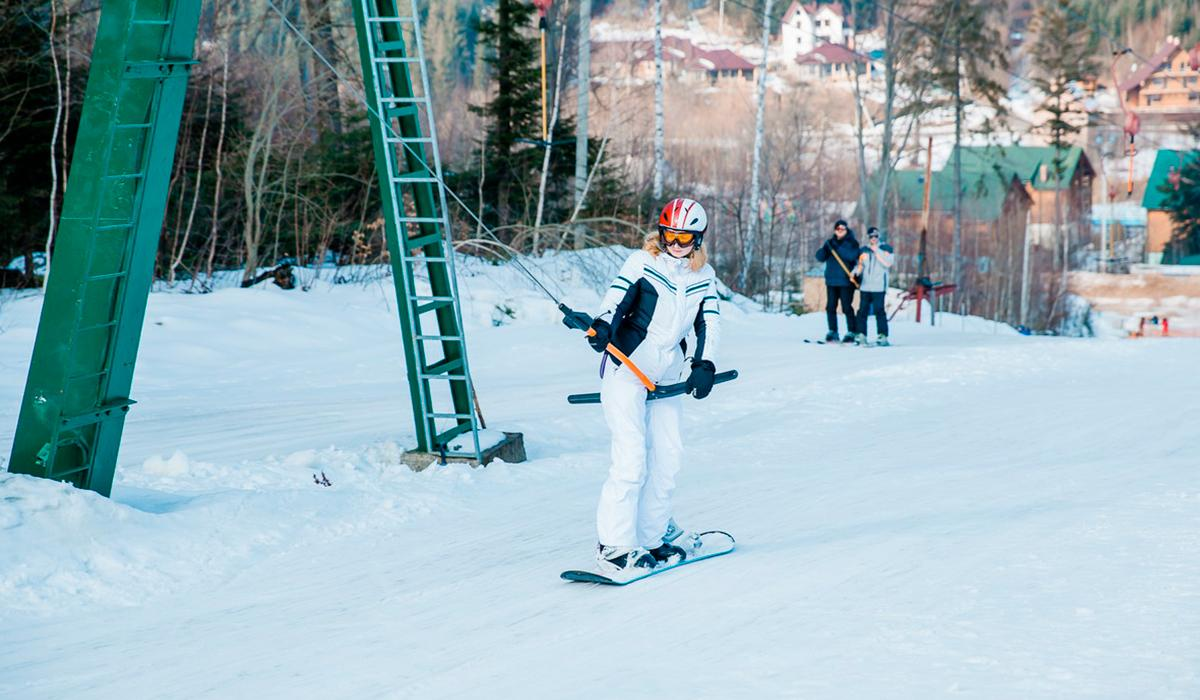 Сноубордистам тоже есть, где покататься / фото migovo.com.ua