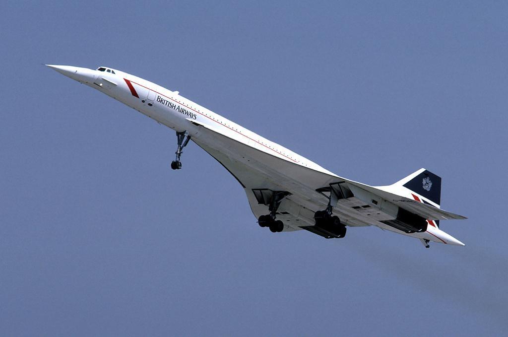 """У 1976 році авіалайнер """"Конкорд"""" - британо-французький надзвуковий пасажирський літак - вилетів у свій перший комерційний рейс / фото wikipedia.org"""