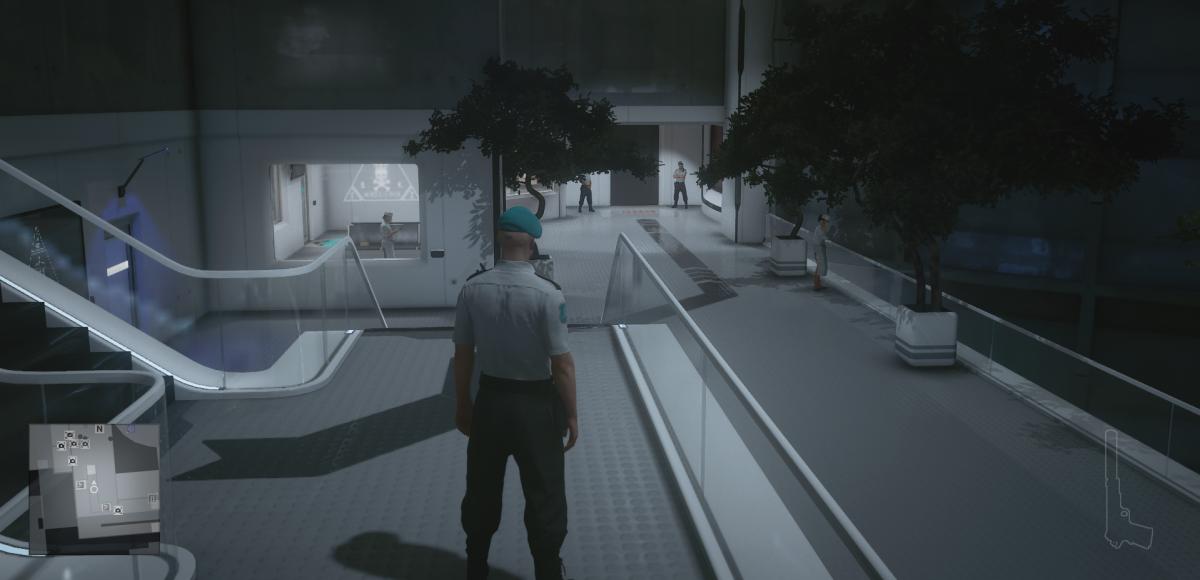 Куда же без подземных лабораторий в игре про лысого убийцу / скриншот