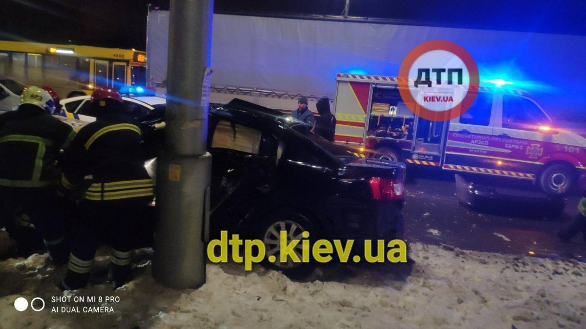 ДТП на проспекті Бандери / dtp.kiev.ua