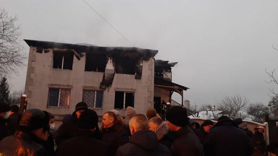 По последним данным, пострадали девять человек, еще 15 погибли / фото Суспільне