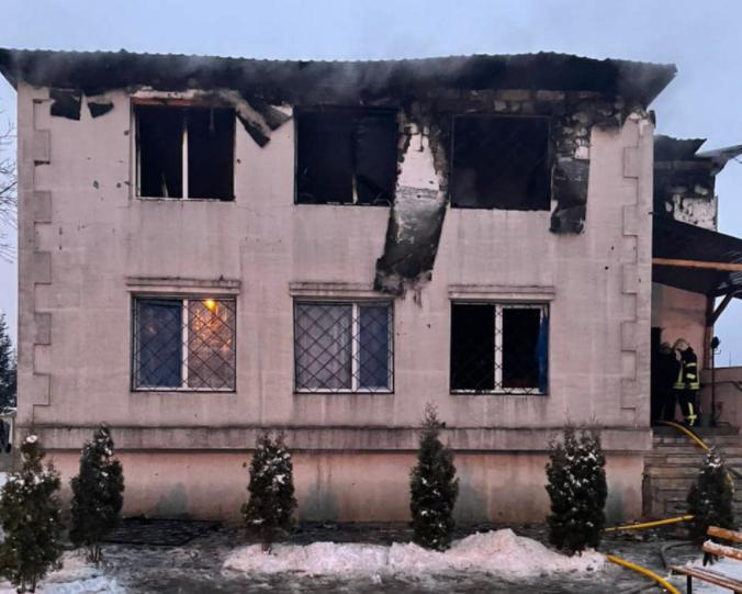 Пожар унес 15 жизней / фото facebook.com/VenediktovaIryna