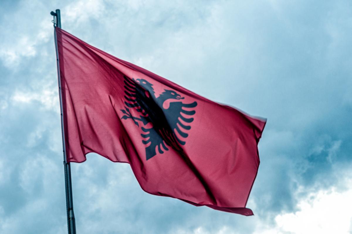 Албания выслала российского дипломата за нарушение карантина / фото ua.depositphotos.com