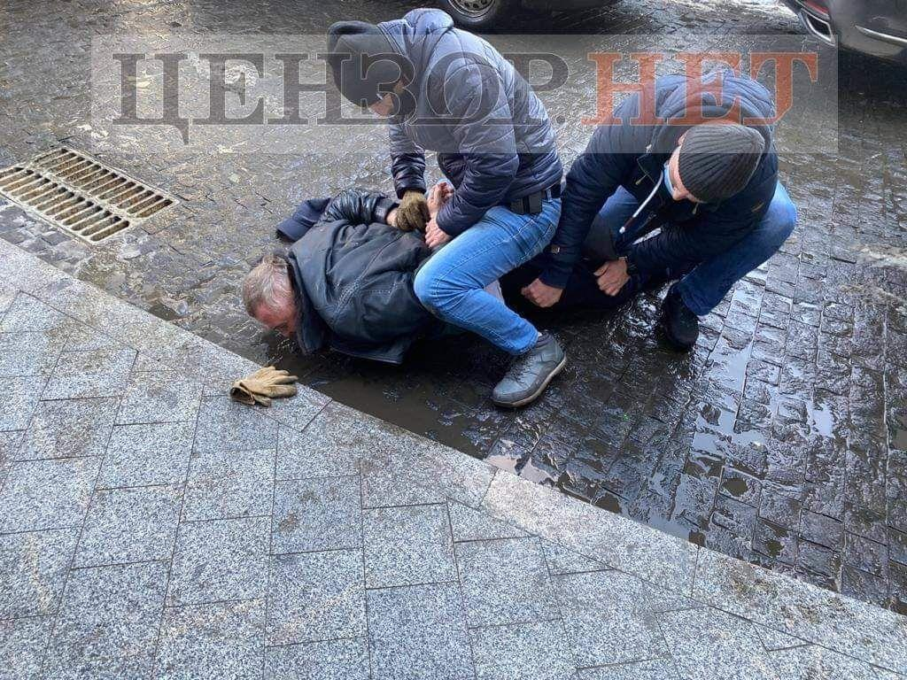 В Киеве задержали двух работников СБУ за заказ убийства / фото censor.net