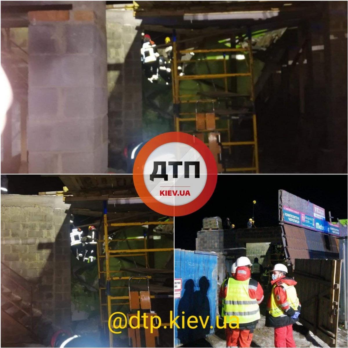 В Киеве на стройке обвалилась крыша / фото dtp.kiev.ua