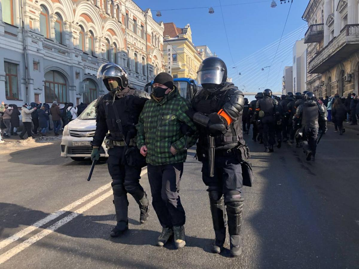 Navalny supporters being beaten, arrested as protests begin to demand his release / Photo from Novaya Gazeta