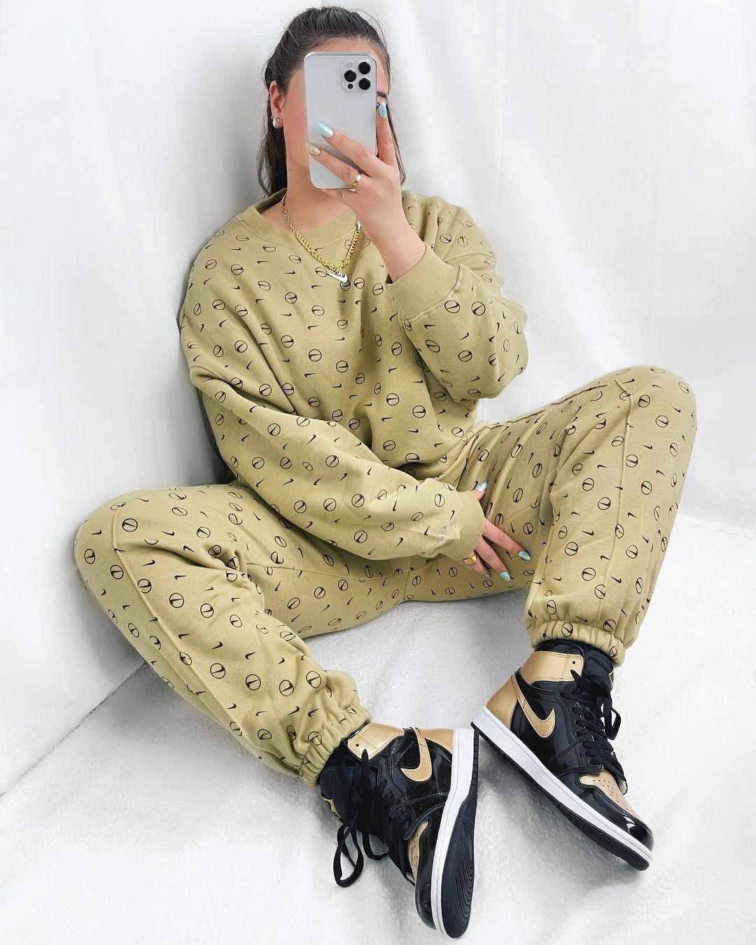Спортивный костюм / instagram.com/asos