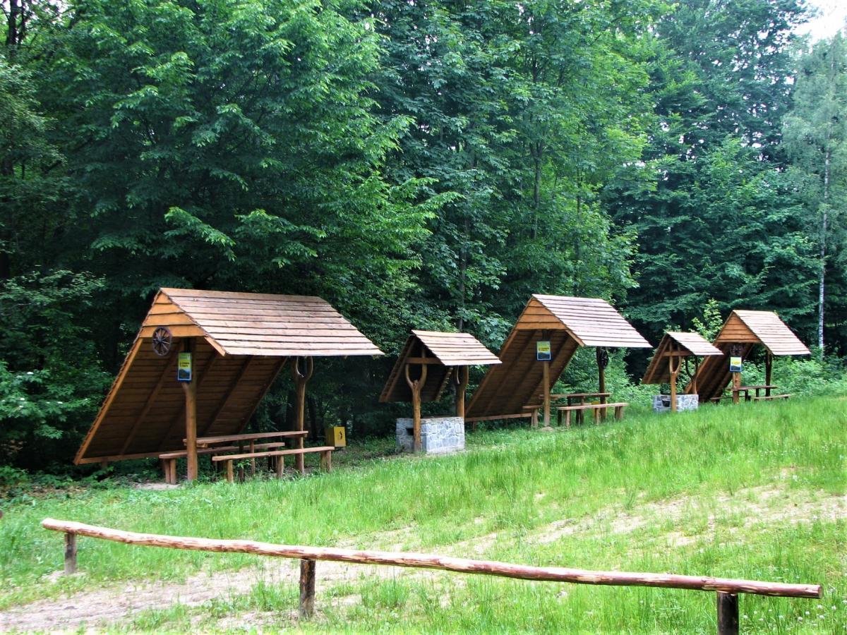 """В нацпарку """"Сколівські Бескиди"""" вже облаштували місця для відпочинку / фото facebook.com/skolebeskydy"""