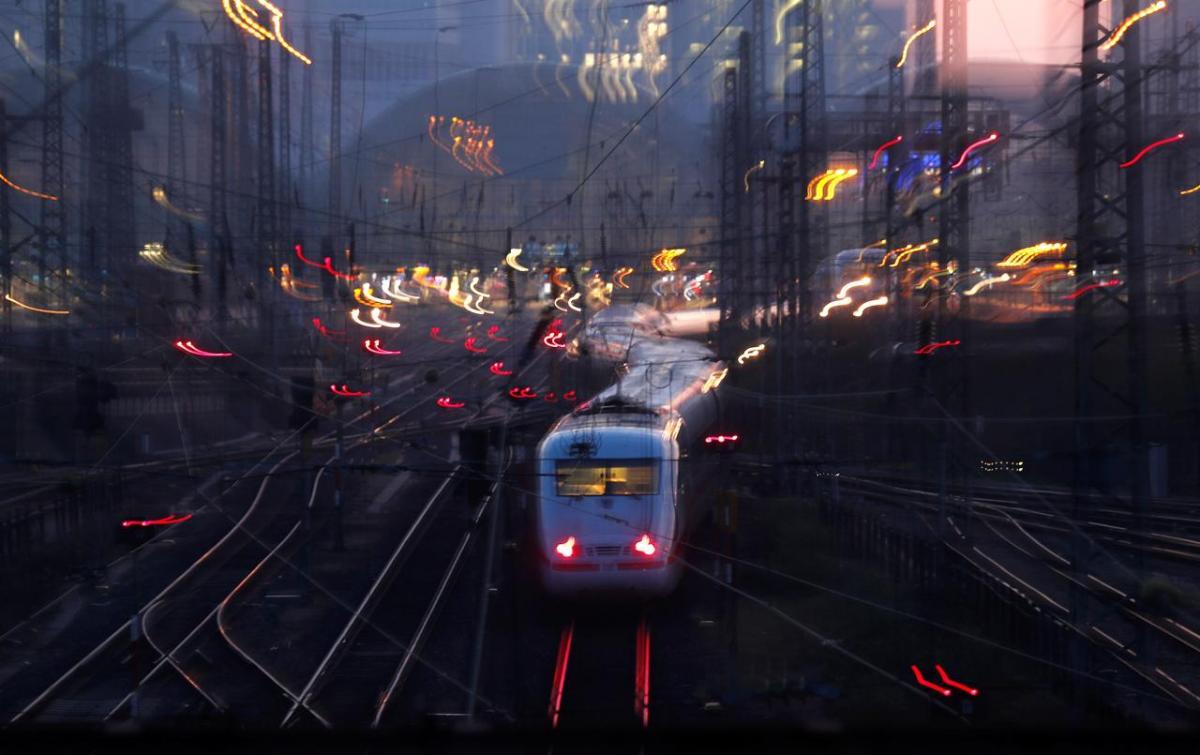 Deutsche Bahn ищет машинистов поездов в Украине / REUTERS