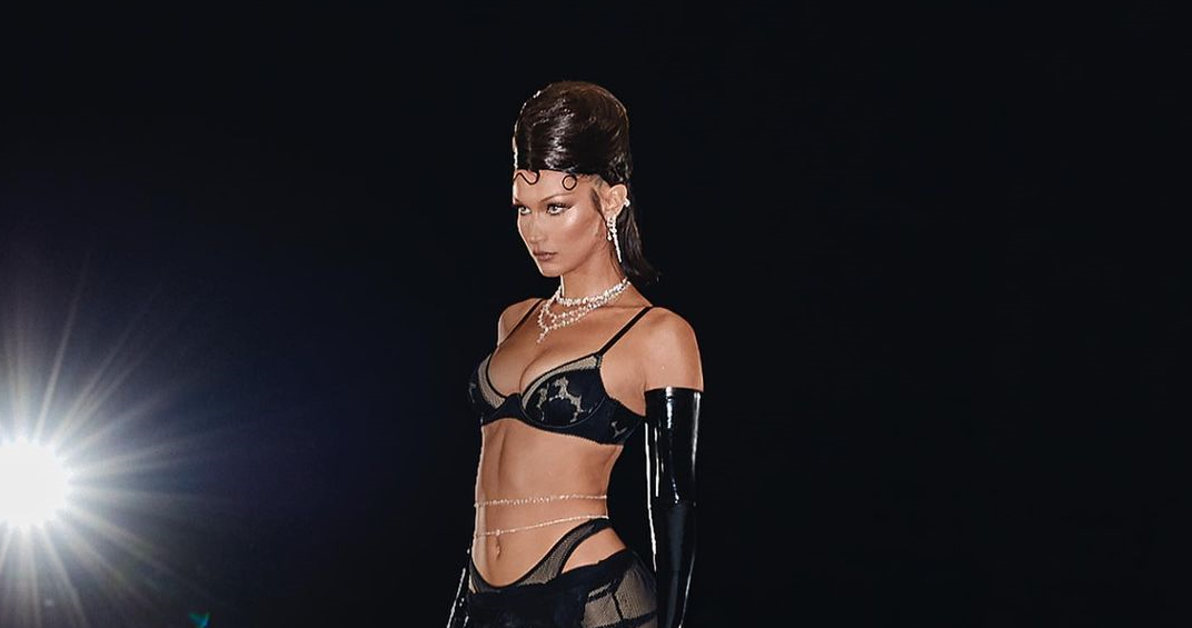 Модель показала пикантное фото / instagram.com/bellahadid