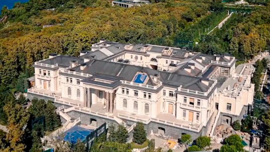 Палац Путіна в Minecraft / скріншот