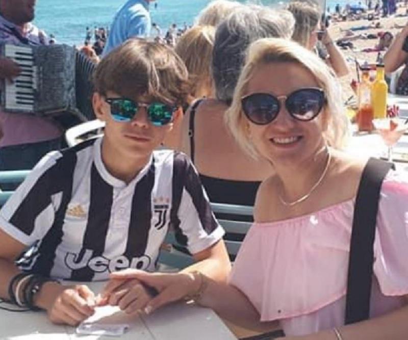 Побиття українця у Парижі - ЗМІ дізналися шокуючі факти про родину / instagram.com/maman_de_yuriy/