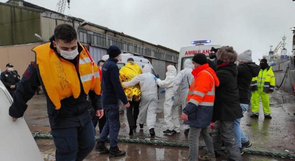 У Чорному морі продовжують пошуки 5 моряків із затонулого судна української компанії