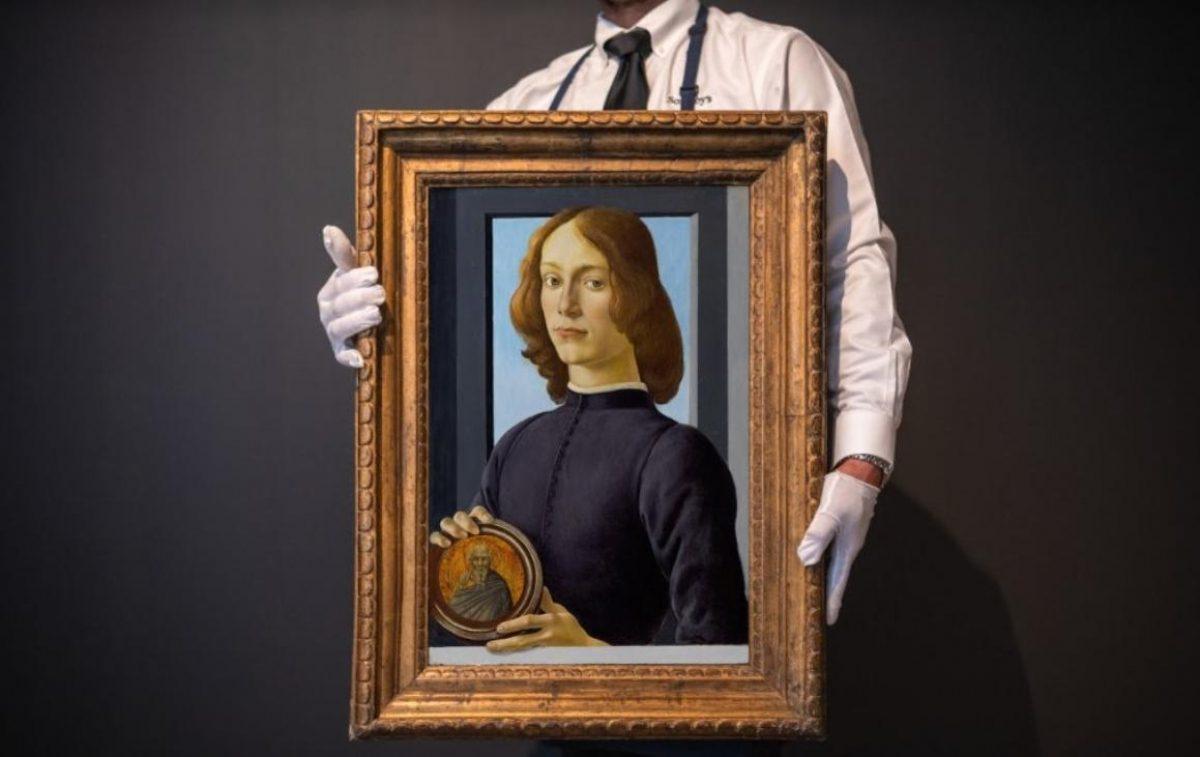 Картину Боттичелли продали на аукционе за рекордные  миллиона