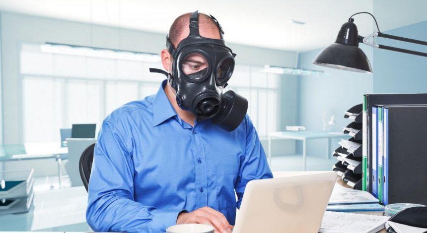 Комаровський пояснив, як працювати в офісі і не захворіти (відео)