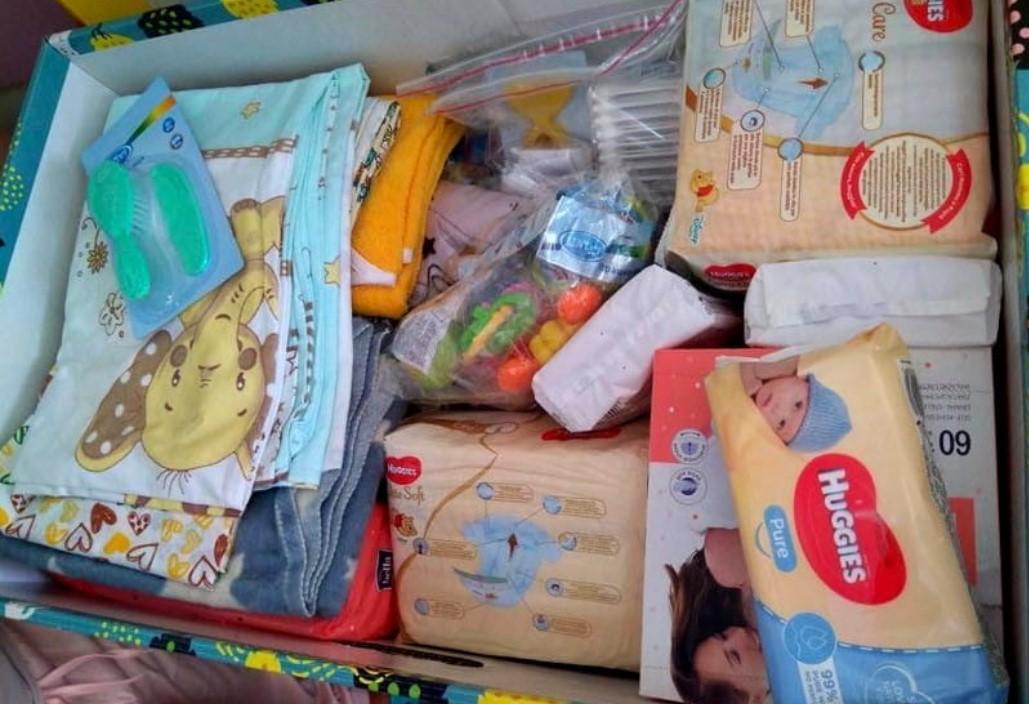 """Сегодня """"пакеты малыша"""" доставлены во все области, кроме Тернопольской, Житомирской и Херсонской / фото Весь Кривой Рог"""