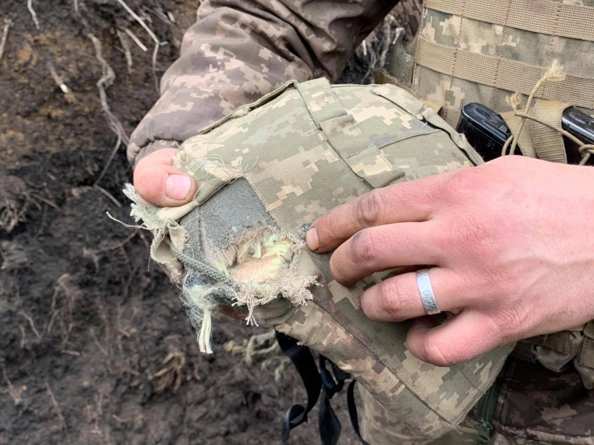 У відповідь на обстріли противника українські воїни також відкривали вогонь / фото Oleksandr Makhov