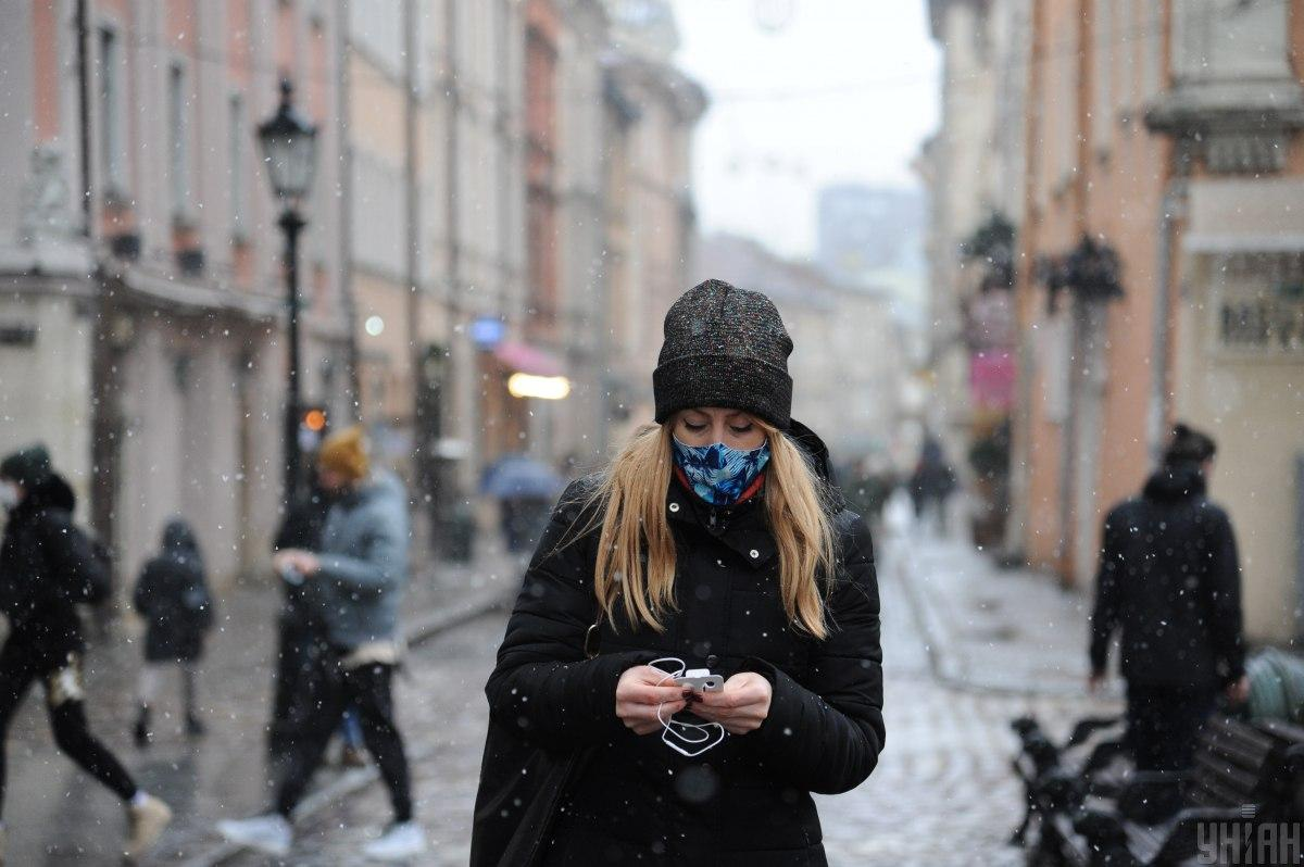 Число заболевших COVID в Украине снижается / фото УНИАН