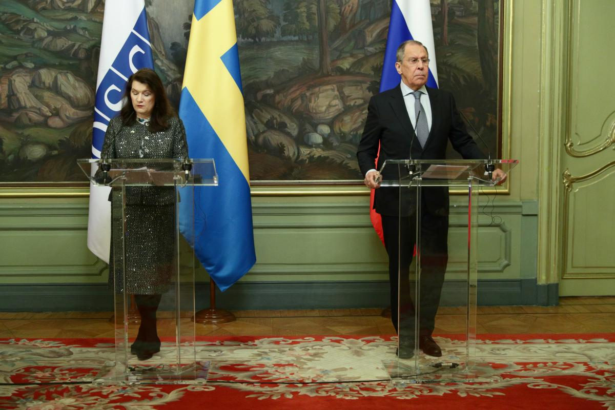 OSCE Chairperson-in-Office Linde discusses Ukraine with Russian FM Lavrov in Moscow / REUTERS