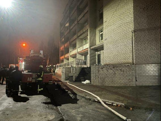 Смертельный пожар произошелв больнице Запорожья/ фото facebook.com/VenediktovaIryna/