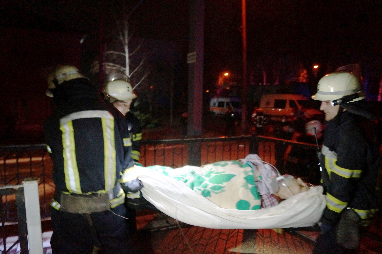 Пожар в больнице произошел вчера поздно вечером \ фото ГСЧС Запорожской области