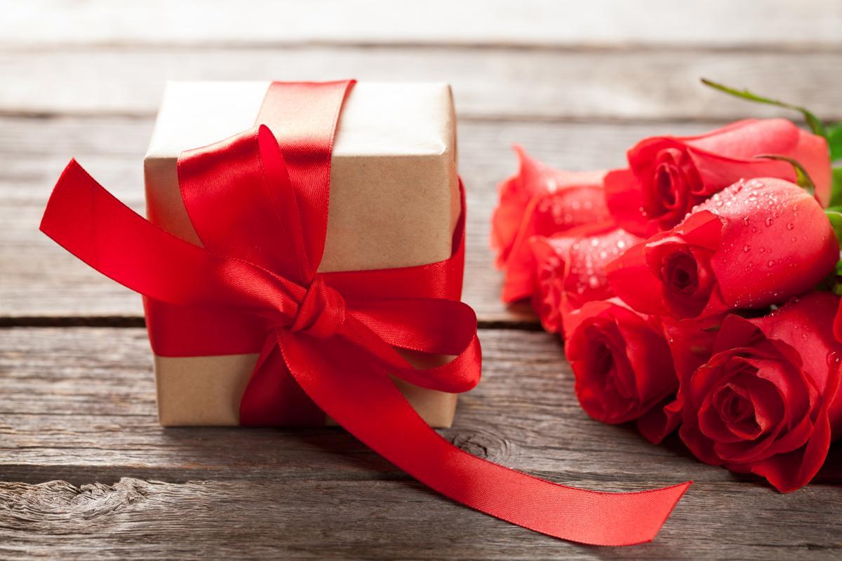 55% украинцев будутдарить подарки на День Валентина / фото ua.depositphotos.com