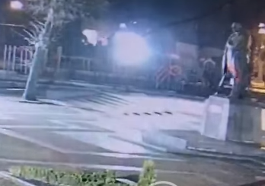 Вандализм во Львове / скриншот видео